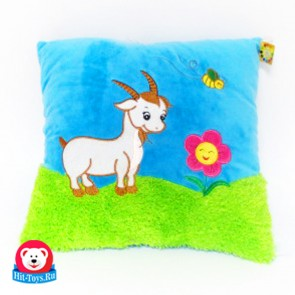 Подушка Овца на траве