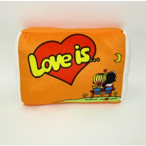 Под Love is,разные цвета 1000-10/34*22